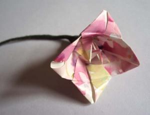 bellflower origami flower